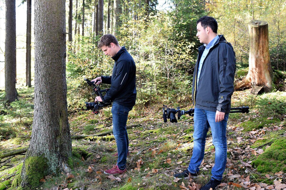 Tristan Köppa und Omar Fischer an den Videokameras für 7PUNKT8 Media.